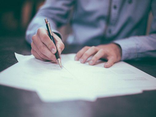 Xem ngày ký hợp đồng 2020 để mang lại may mắn thành công