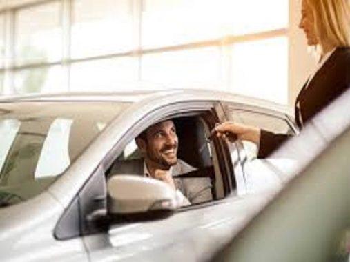 Tuổi Ất Mão mua xe ngày nào tốt để bình an, may mắn
